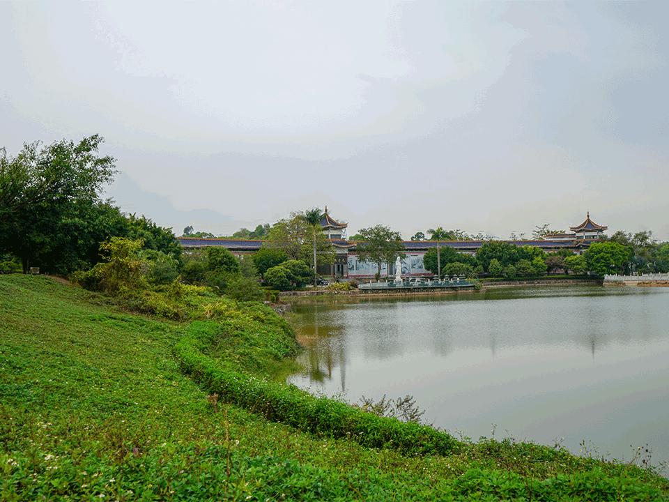 报恩福地墓园-丽湖